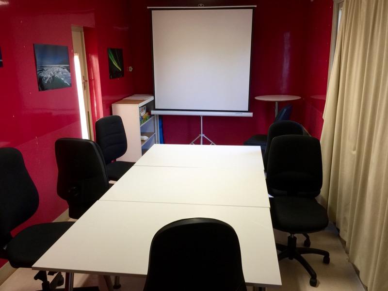 la salle de cours du fablab moebius