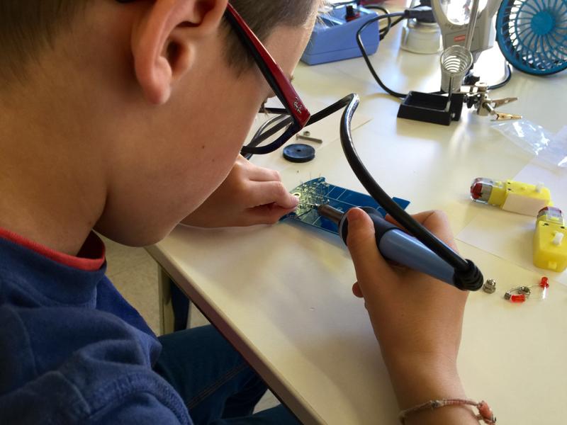 fablab-moebius-atelier-mon-premier-robot-5