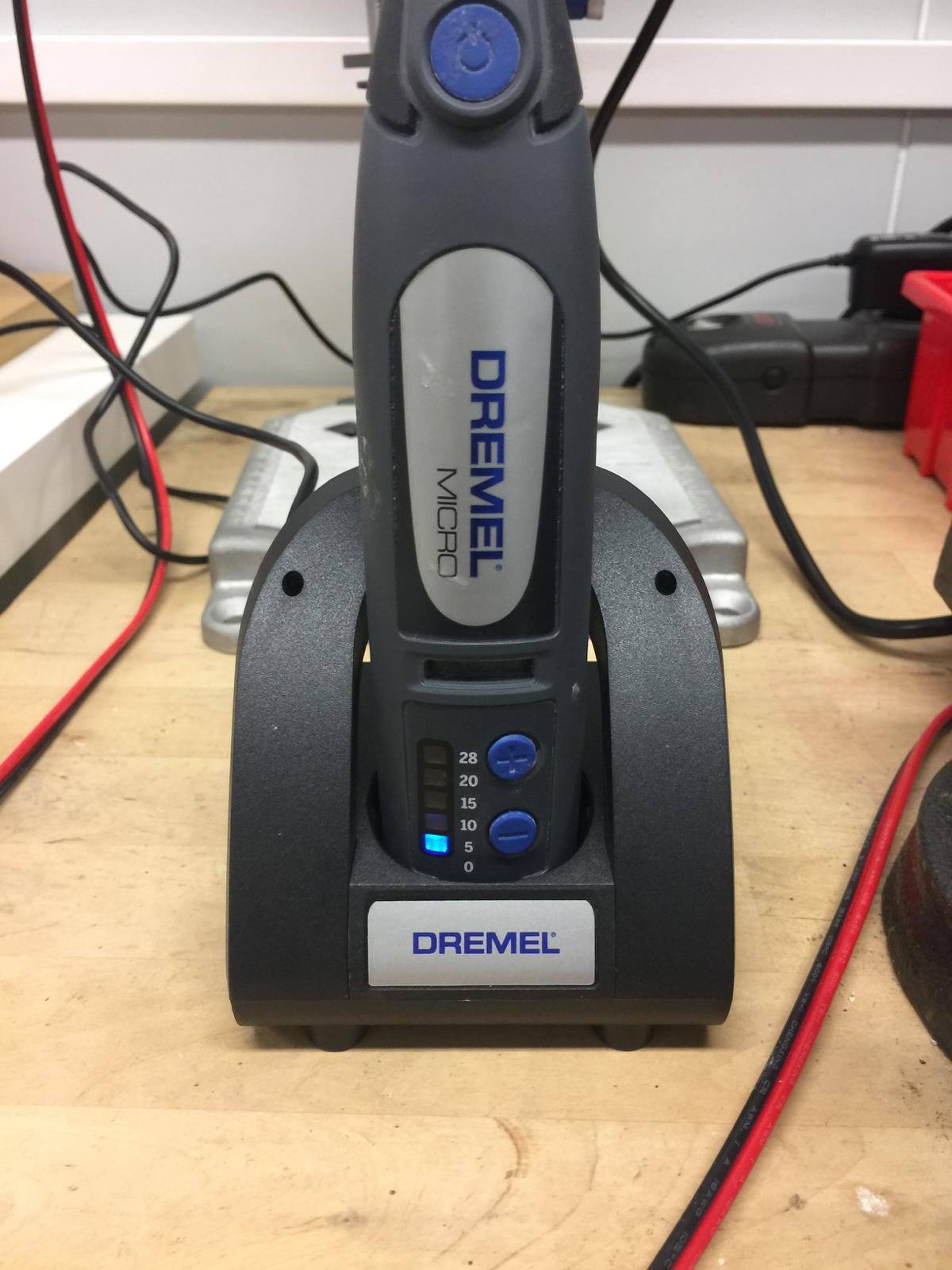 obsolescence programmée : comment réparer votre dremel micro