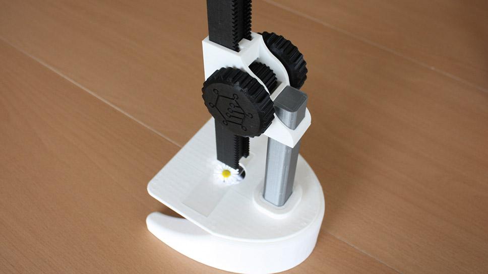 Microscope fait à l'imprimante 3D